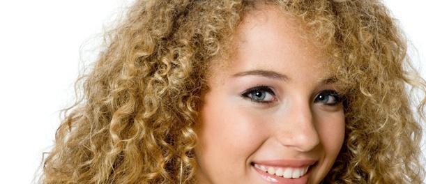 Jak upravit kudrnaté vlasy