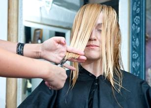 Správný střih vlasů