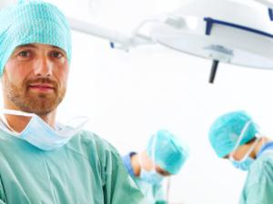Co je to transplantace vlasů