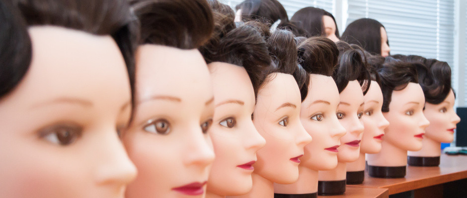 Mannequins with hairstyle