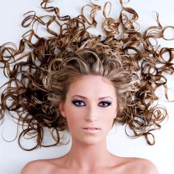 kudrnaté vlasy péče