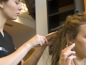 Agáta Hanychová má prodloužené vlasy